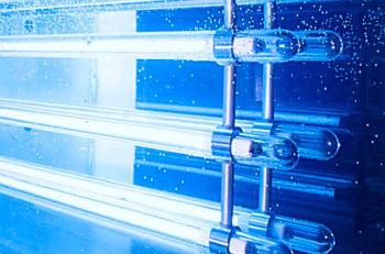 Ультрафиолетовые лампы для очистки воды.