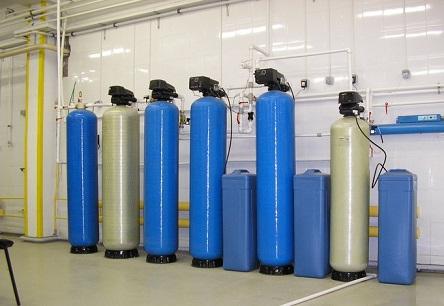 Фильтры для очистки воды различного объема.
