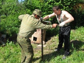 Использование ручного шнека для разработки скважины