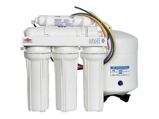 Система очистки воды с обратным осмосом и баком