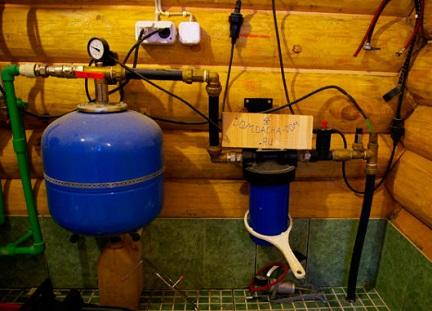 Оборудование для системы водоснабжения: гидроаккумулятор и фильтр