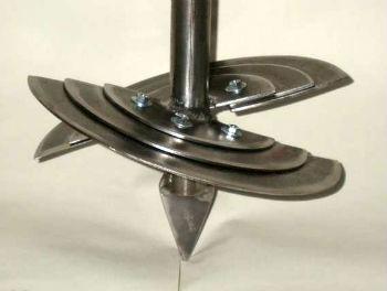 Самодельный шнек для бензобура, с правильно подобранными углами поворота дисков