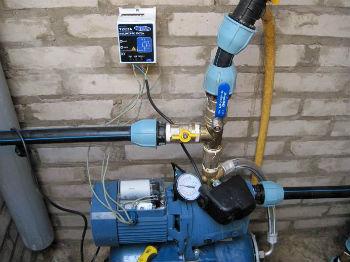 Пример подключения самовсасывающего насоса к системе водоснабжения