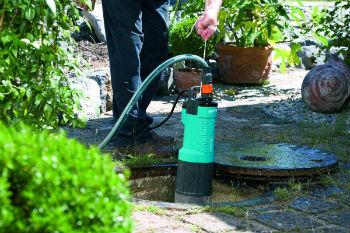 Процесс монтажа погружного насос для скважины