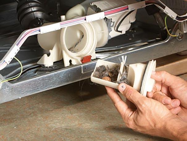 Очистка сливного фильтра перед насосом стиральной машины