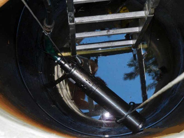 Центробежный насос готов к установке в колодец