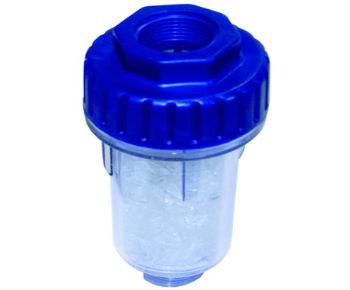 Картриджный проточный фильтр для смягчения воды.