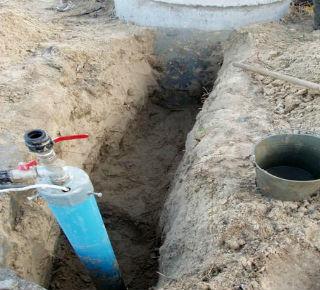 Вывод адаптера на стадии создания скважины и формирования обсадной трубы