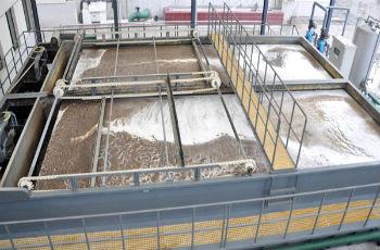 Сборные резервуары для очистки сточных вод заводов от нефтепродуктов