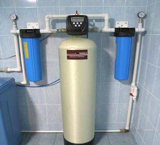 Установка фильтрации с двумя дополнительными фильтрами.