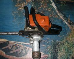 Пример собранного из бензопилы ручного бензобура