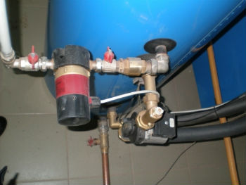 Пример подключения циркуляционного насоса к системе отопления