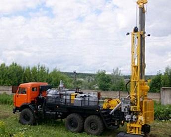 Буровая установка на базе грузового автомобиля КамАЗ