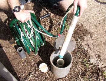 Непосредственно монтаж погружного насоса в скважину
