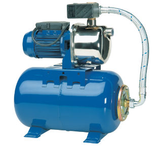 Стандартная бытовая насосная станция с реле давления, гидроаккумулятором и поверхностным насосом