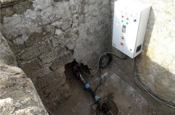 Пример подключения шкафа управления возле скважины
