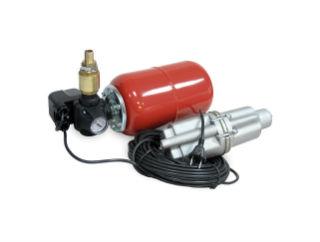 Вибрационный насос, присоединенный к гидроаккумулятору с манометром