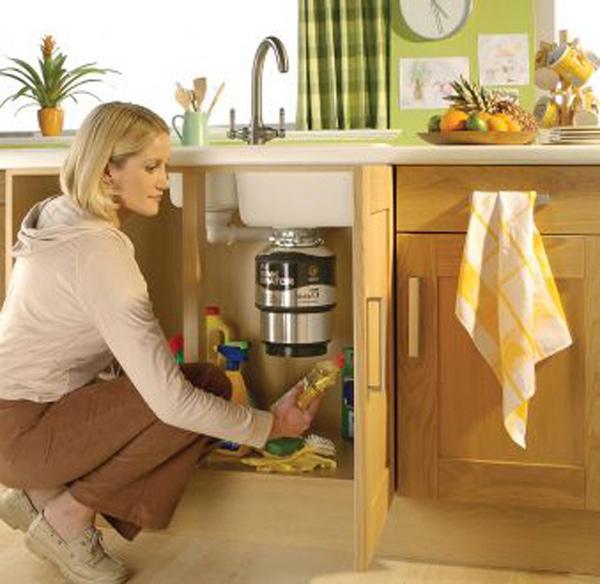 Место кухонного насоса с измельчителем